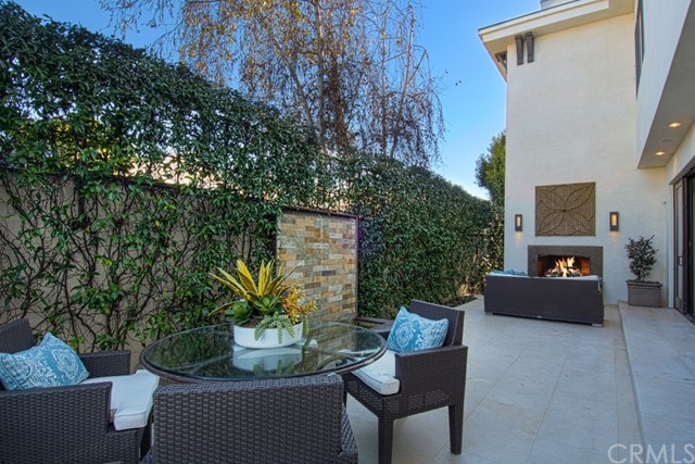 501 Riverside Avenue Newport Beach, CA 92663 - MLS #: NP17140341