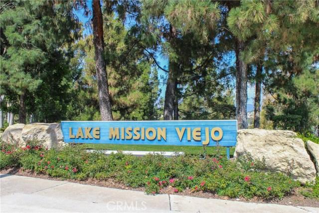 22201 Amber Rose, Mission Viejo CA: http://media.crmls.org/medias/3fba695e-bb4d-4374-a685-4cd9ec423d34.jpg