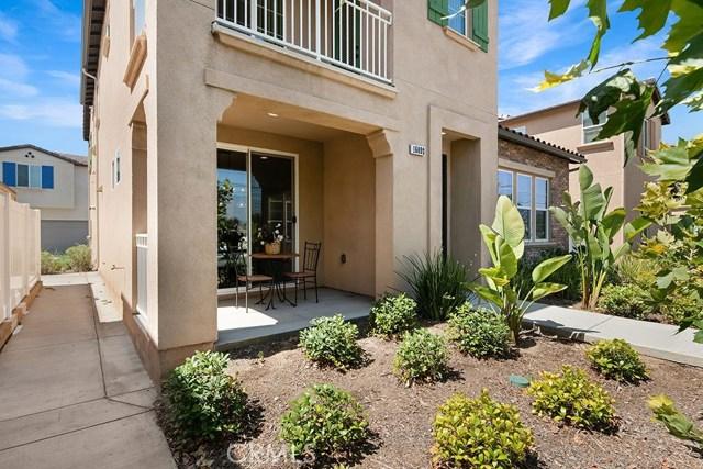 16092 E. San Bernardino Rd., Covina CA: http://media.crmls.org/medias/3fc2dcf0-0dea-4ab5-8adb-6007c23114b0.jpg