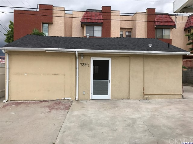Combo - Residential and Commer for Rent at 739 California Avenue W Glendale, California 91203 United States