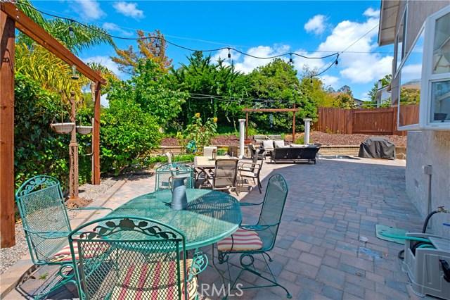 22112 Comanche Road, Lake Forest CA: http://media.crmls.org/medias/40045df0-c471-48a8-bb44-cf4bf6c8ec01.jpg
