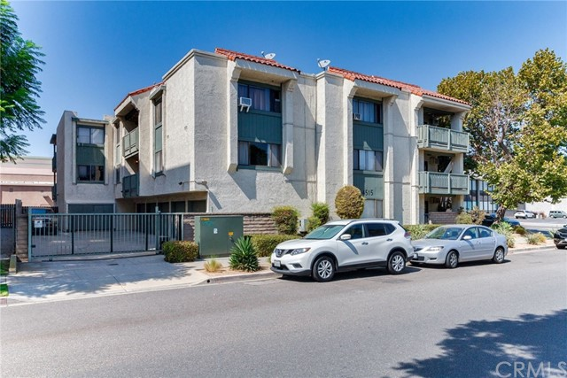 4515 California Avenue, Long Beach CA: http://media.crmls.org/medias/400827d8-8537-4997-bd42-bf1249f302ba.jpg