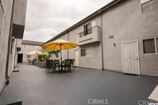13823 Sherman Way Van Nuys, CA 91405 - MLS #: 318001075