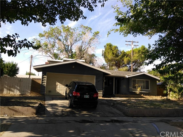 702 Oldfield St, Lancaster, CA, 93535