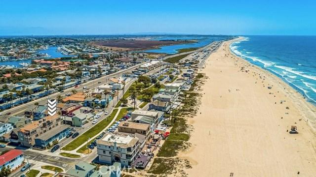 17090 5th, Sunset Beach CA: http://media.crmls.org/medias/4019d405-2e69-49be-bdcd-326a161c4c30.jpg