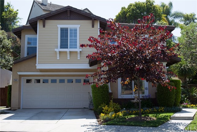 Single Family Home for Sale at 2341 Sarah Court Signal Hill, California 90755 United States