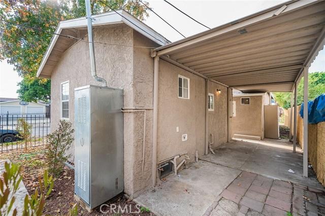 8230 Compton Avenue, Los Angeles CA: http://media.crmls.org/medias/402aa36f-8049-4e9a-8258-d3266a6aff52.jpg