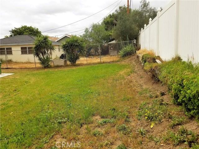 1510 S Wadsworth Avenue, Compton CA: http://media.crmls.org/medias/4034fd27-8562-4310-9d29-be2989c5ef8d.jpg