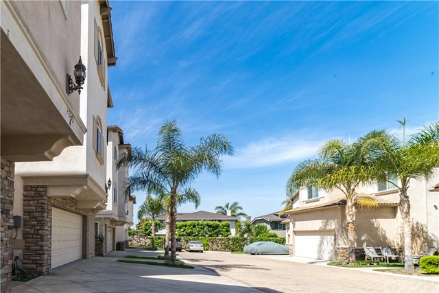 23749 Arlington Avenue Unit B Torrance, CA 90501 - MLS #: SB18082539