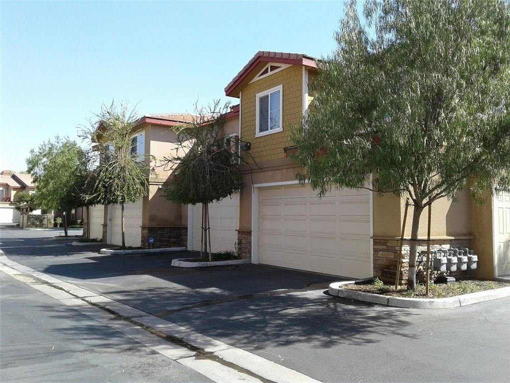 1510 Orange Avenue, Redlands CA: http://media.crmls.org/medias/403e8a15-5aaa-46b0-b244-403283892c42.jpg