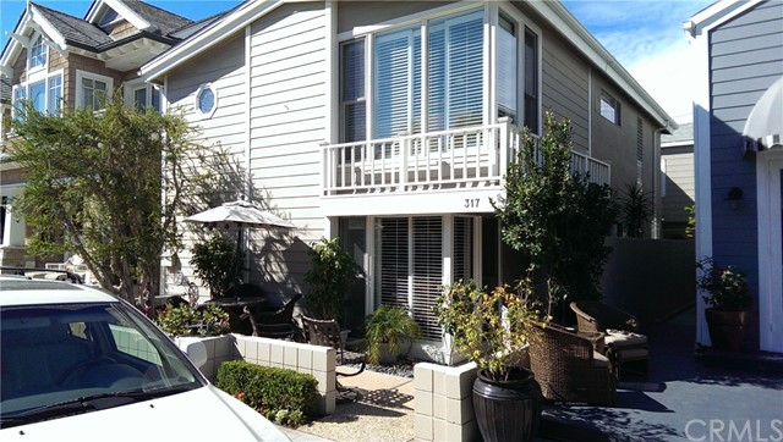 317 Ruby Ave  Newport Beach, CA 92662