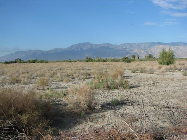 Additional photo for property listing at 87165 59th Avenue  Thermal, California 92274 United States