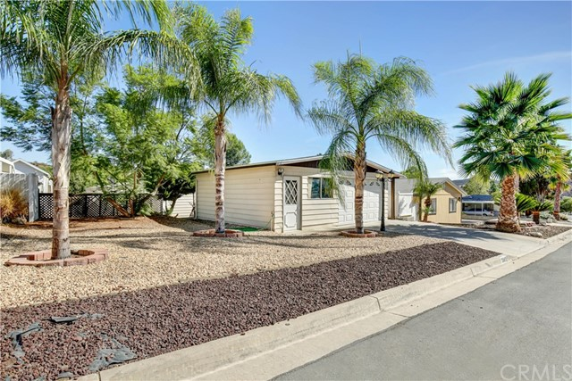 33412 BARLEY LANE, WILDOMAR, CA 92595