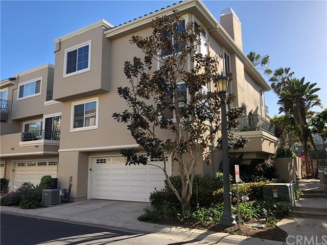 19371  Maidstone Lane, Huntington Beach, California