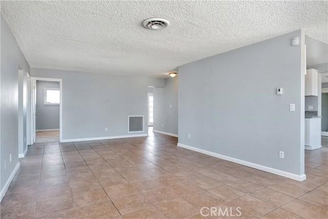 11872 Jacaranda Avenue Hesperia, CA 92345 - MLS #: IV18021812