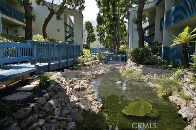 603 S Prospect Avenue, Redondo Beach CA: http://media.crmls.org/medias/4067080e-8077-40a0-a0e9-a2d38491f813.jpg