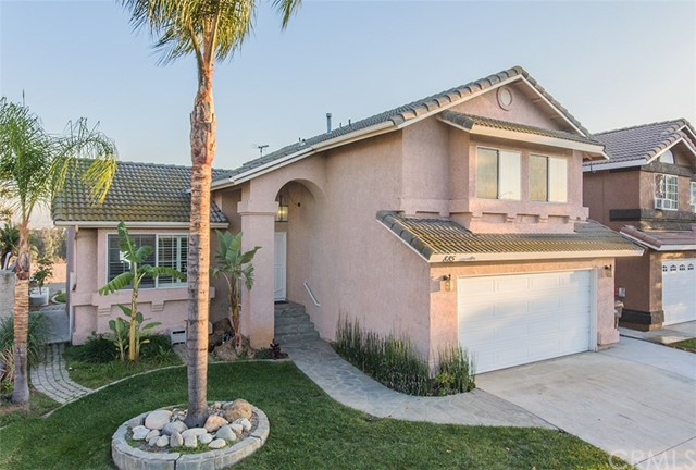 Property for sale at 885 Hedges Drive, Corona,  CA 92880