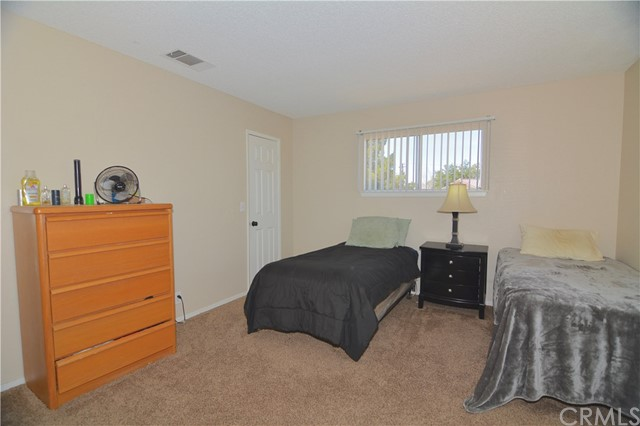 18070 Capri Street,Hesperia,CA 92345, USA