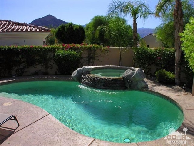 78991 Breckenridge Drive La Quinta, CA 92253 is listed for sale as MLS Listing 216023974DA
