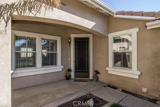 独户住宅 为 销售 在 28456 Belleterre Avenue Moreno Valley, 92555 美国