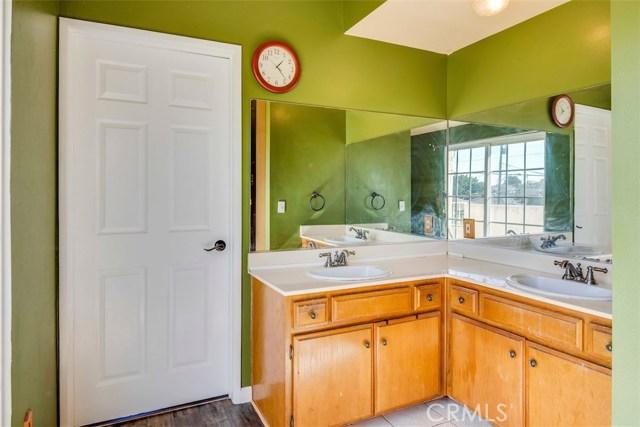 4767 W 138th Street, Hawthorne CA: http://media.crmls.org/medias/4097934f-90b1-4cde-92f5-a2529d432caf.jpg
