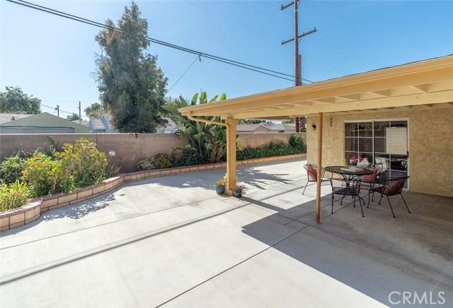 6127 Sunfield Avenue, Lakewood CA: http://media.crmls.org/medias/409f5f3d-ac1b-4462-9f68-6ca90df77970.jpg