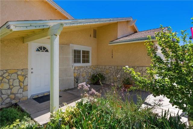 6445 Foster Drive, Riverside CA: http://media.crmls.org/medias/40a18b23-beaf-4151-8ea2-ef833585a302.jpg