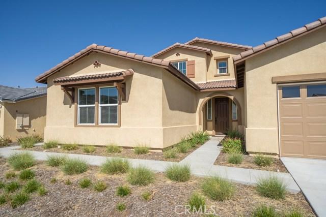 34936 Roberts Place, Beaumont CA: http://media.crmls.org/medias/40a3ea92-38af-4e67-8001-f0bb0809601e.jpg