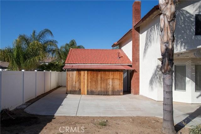 24365 Peppermill Drive, Moreno Valley CA: http://media.crmls.org/medias/40a99b89-426c-410e-83c1-d569b195a57e.jpg
