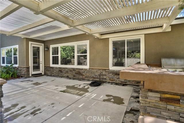 14912 Franklin Lane, Eastvale CA: http://media.crmls.org/medias/40ab4f4a-2173-468b-9210-5658e522f1c0.jpg