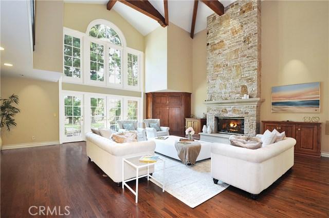 1 Clear Vista Drive, Rolling Hills Estates CA: http://media.crmls.org/medias/40b3c9aa-b979-4eeb-b4d3-abb7270d9443.jpg