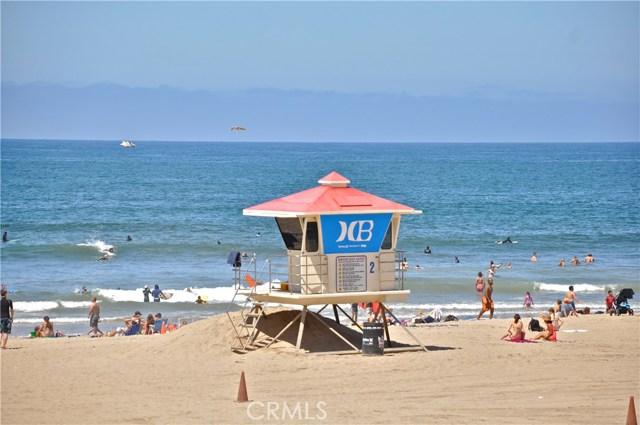 19072 Oceanport Lane, Huntington Beach CA: http://media.crmls.org/medias/40b942c2-57b1-4896-8c6d-82061522a264.jpg