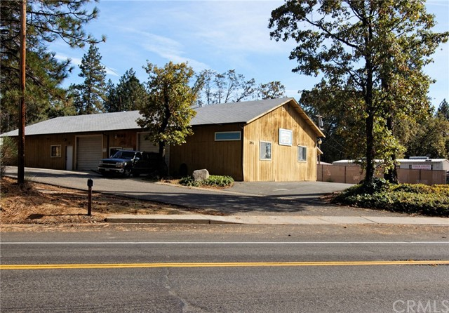 Combo - Residential and Commer for Sale at 7974 Skyway Paradise, California 95969 United States