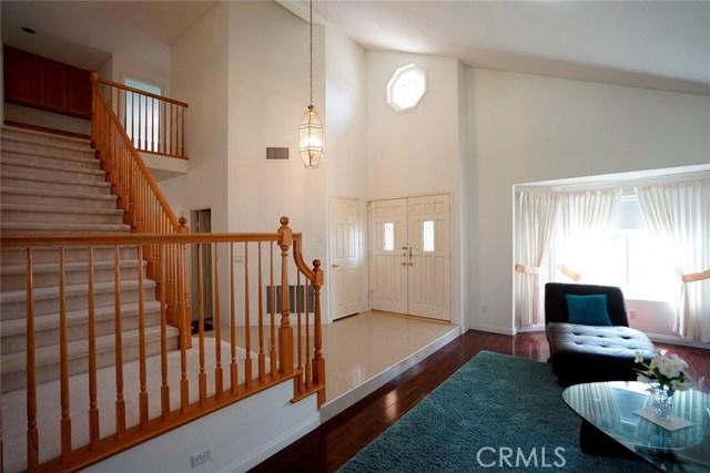 1720 Morning Terrace Drive, Chino Hills CA: http://media.crmls.org/medias/40db89f9-0d7f-4d98-b385-1316e160fe71.jpg