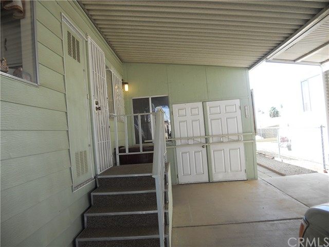 26057 Queen Palm Drive, Homeland CA: http://media.crmls.org/medias/40dc2d4f-ba38-4fb6-b043-74882b3c9cd1.jpg