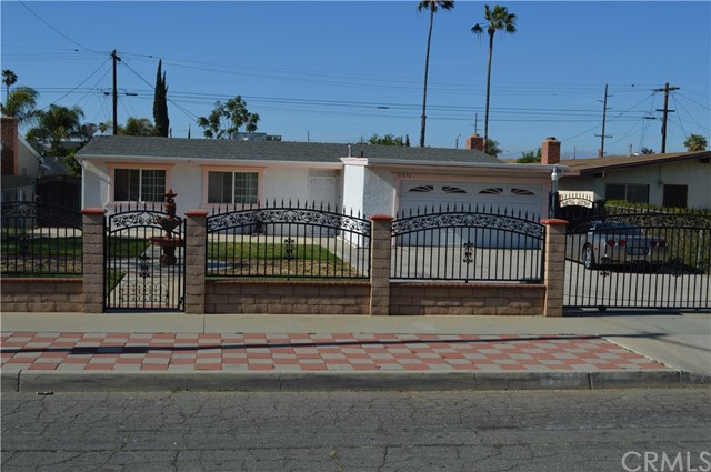 25474 Gentian Avenue, Moreno Valley CA: http://media.crmls.org/medias/40dfb169-ba41-4ca6-b38a-44a6debe5637.jpg