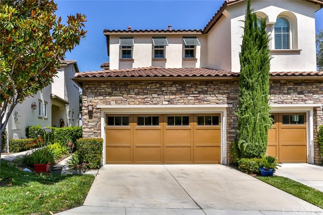 23784 Cahuilla Court Corona, CA 92883 is listed for sale as MLS Listing IG17181343