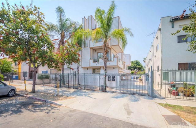Photo of 129 S Westmoreland Avenue #102, Los Angeles, CA 90004