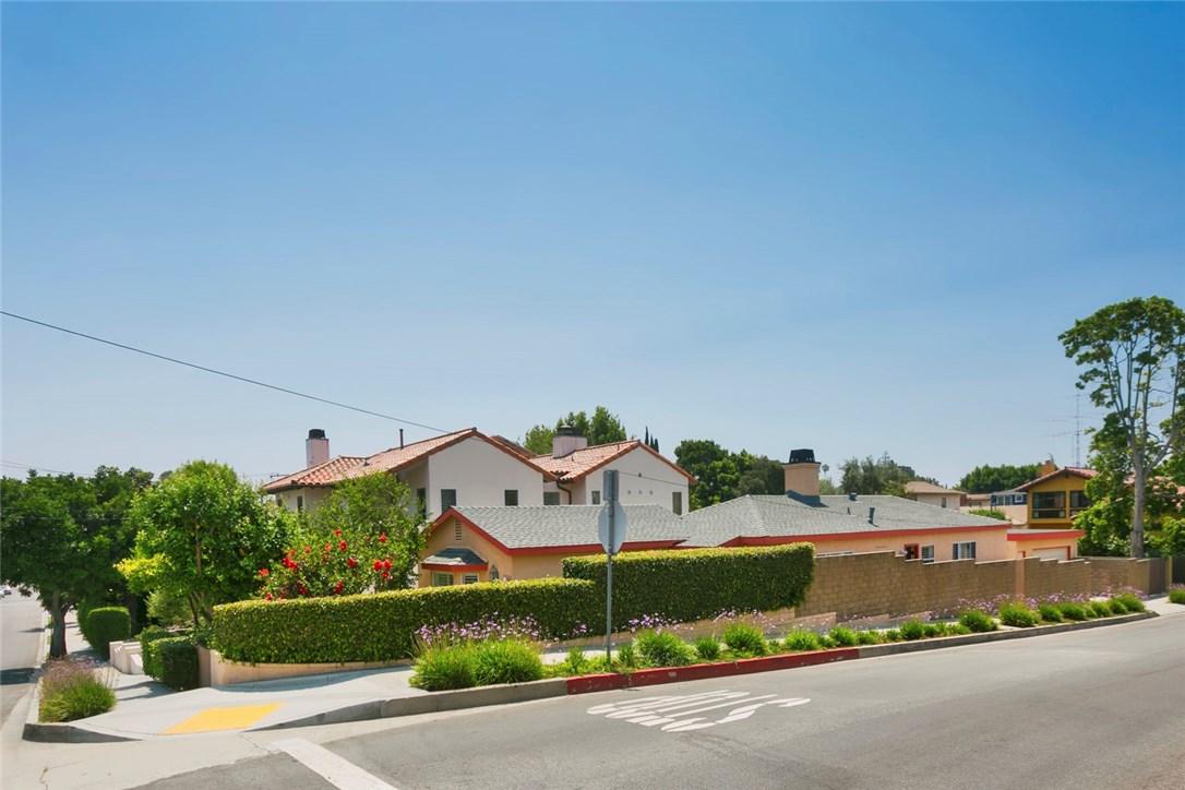 1500 8th Street  Manhattan Beach CA 90266