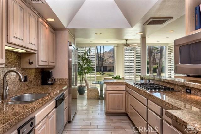 Condominium for Sale at 211 Desert Lakes Drive 211 Desert Lakes Drive Palm Springs, California 92264 United States