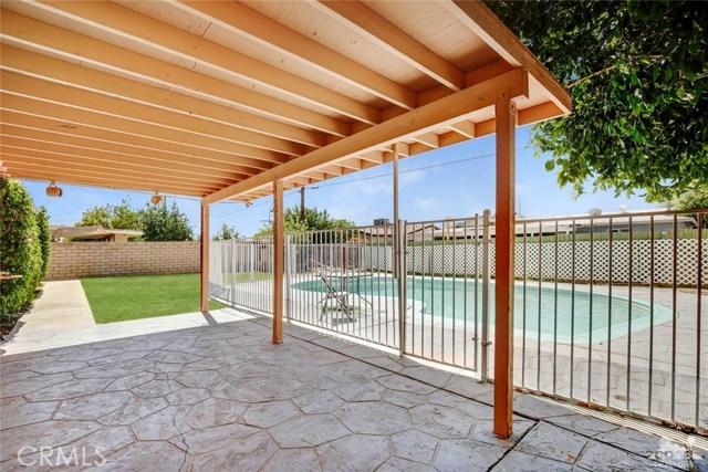81821 Arus Avenue, Indio CA: http://media.crmls.org/medias/41050d17-2fd8-4f56-80fd-2dc18a5fad31.jpg