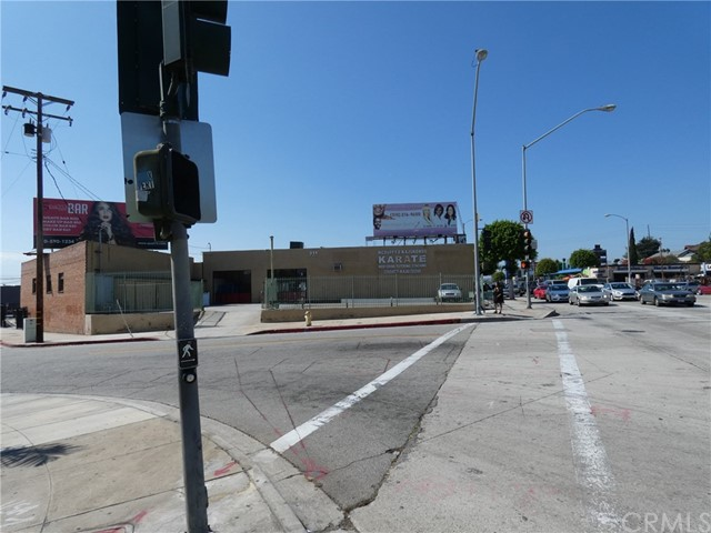Industrial for Sale at 301 N La Brea Avenue 301 N La Brea Avenue Inglewood, California 90302 United States