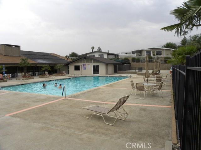 40897 Laredo, Cherry Valley CA: http://media.crmls.org/medias/412932f3-5fe1-42a3-9ba5-5b8fc323505b.jpg