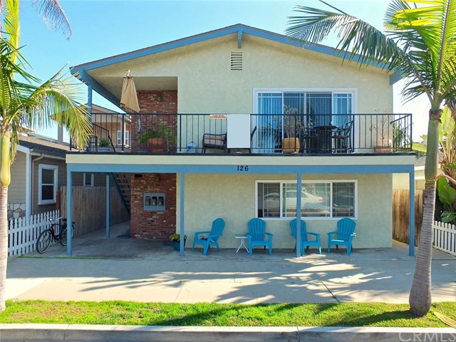 Single Family for Sale at 126 Dolphin Avenue Seal Beach, California 90740 United States