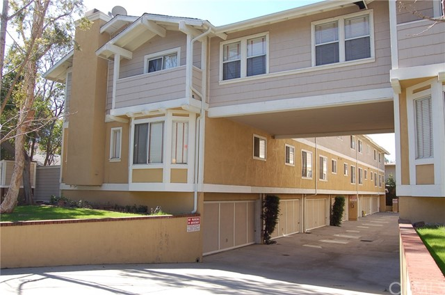Single Family for Rent at 131 Craig Avenue N Pasadena, California 91107 United States