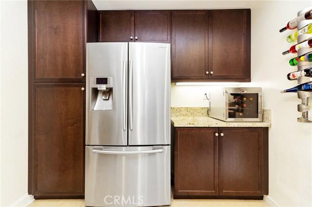 513 Rockefeller, Irvine CA: http://media.crmls.org/medias/4135c743-b97a-48b5-b839-df57fdaf1e60.jpg