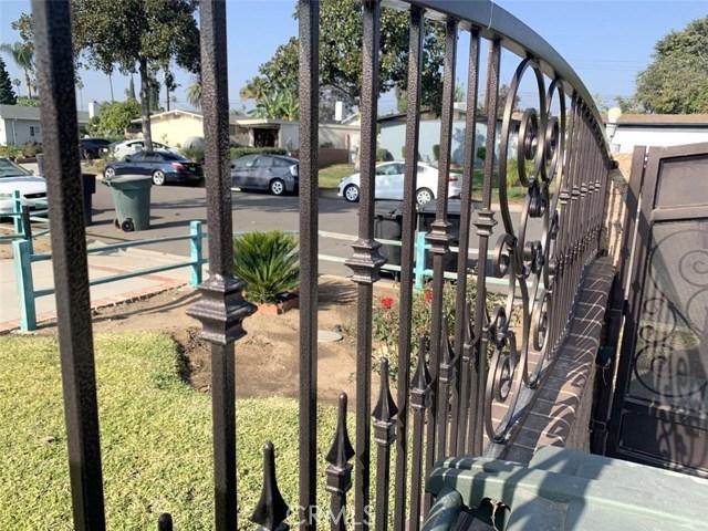 1518 E Sunset Hill Drive, West Covina CA: http://media.crmls.org/medias/41445799-69e1-4b32-8a8c-c0d491a74580.jpg