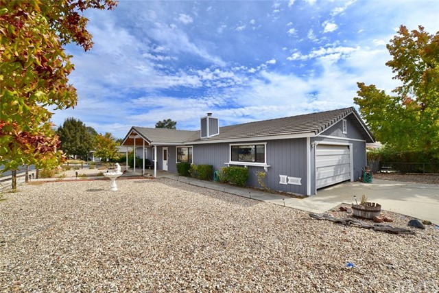 2230 Wood Duck Lane, Paso Robles CA: http://media.crmls.org/medias/4149af6e-9537-4925-a8ad-b404adc00c01.jpg