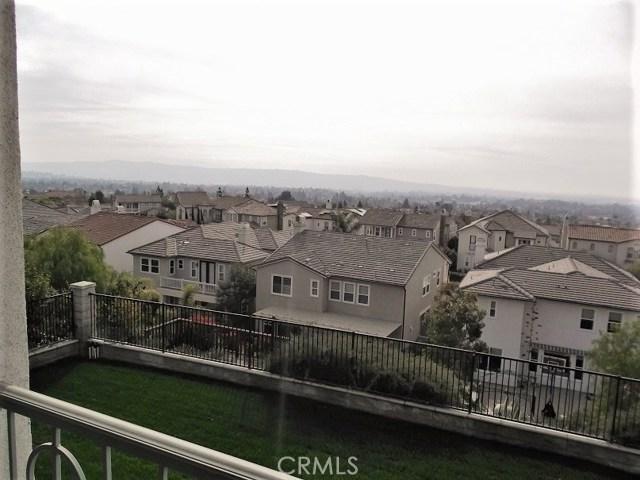 4051 Humboldt Lane, Yorba Linda CA: http://media.crmls.org/medias/414a53e7-6c96-40df-8595-708660efd12d.jpg