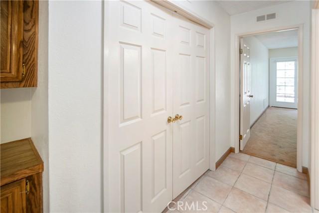 5423 Spencer Lane, Carlsbad CA: http://media.crmls.org/medias/4155ba63-0ee1-432c-95eb-1ce00f5e7f87.jpg